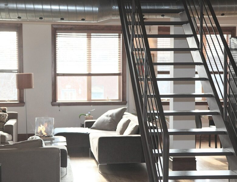 Constituer un dossier administratif avec une attestation d'hébergement en bonne et due forme