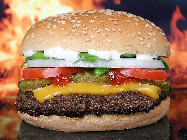 Comment faire le parfait hamburger au bœuf fait maison ?
