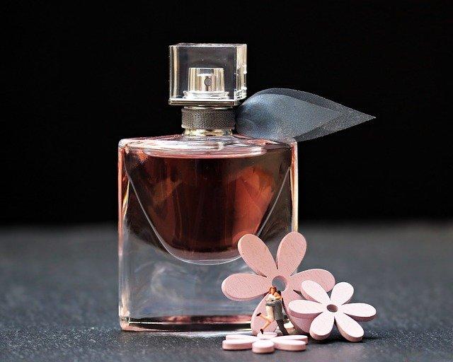 Trouver la meilleure parfumerie en ligne pour vous démarquer